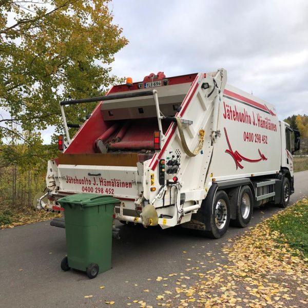jätehuolto roska-auto